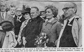 Photo:Mrs. Pat Nixon with the US Ambassador, Mr. John Moore, on her right side Mrs. Fin O'Neill and Monsignor G. Mitchell PP and on her left Mr. John Colleran, Chairman Ballinrobe, Development Company